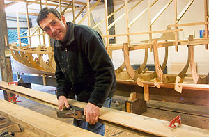 Brian Nobbs, Cornish Pilot Gig Builder | click to enlarge